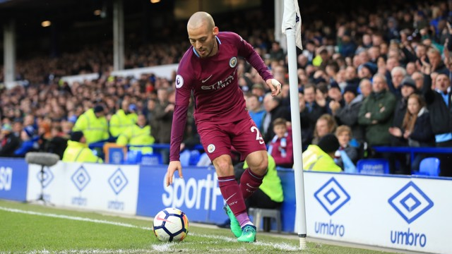 ​MAGICIAN: David Silva on corner-taking duties.